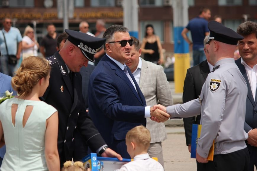 Как в Запорожье Авакова встречали, - ФОТО, ВИДЕО, фото-19