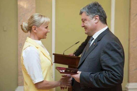 Президент наградил орденами мариупольских журналистов (ФОТО), фото-1