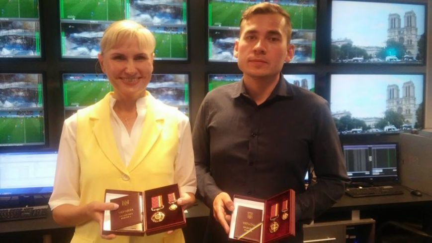 Президент наградил орденами мариупольских журналистов (ФОТО), фото-2