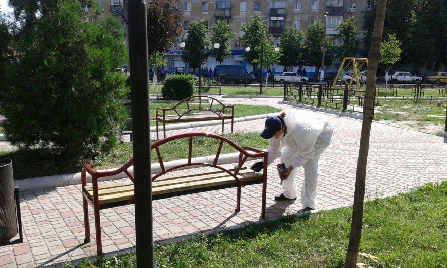 Волонтеры облагораживают городские детские площадки (ФОТО), фото-4