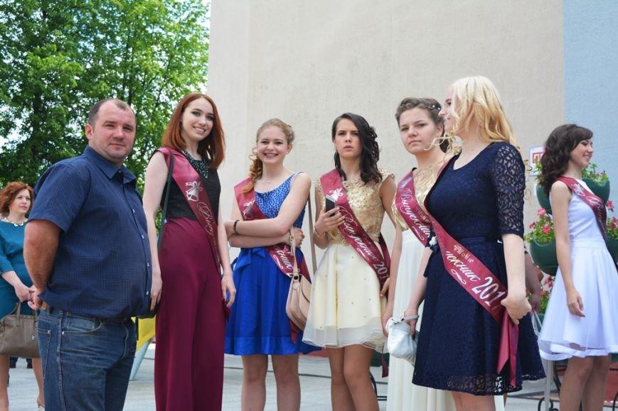 В Новополоцке проходят выпускные. ФОТОРЕПОРТАЖ, фото-13