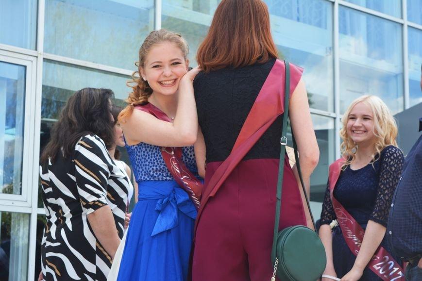 В Новополоцке проходят выпускные. ФОТОРЕПОРТАЖ, фото-14