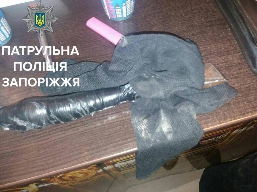 В Запорожье мужчина пытался ограбить парикмахерскую, - ФОТО, фото-2