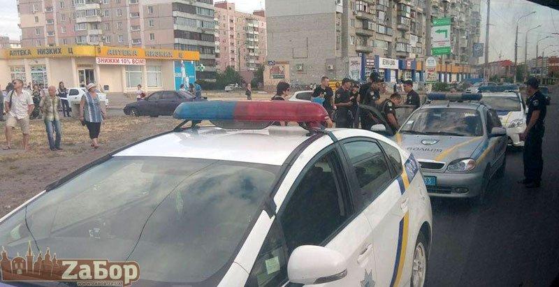 Полиция: на Песках на патрульного не нападали, - ФОТО, фото-1