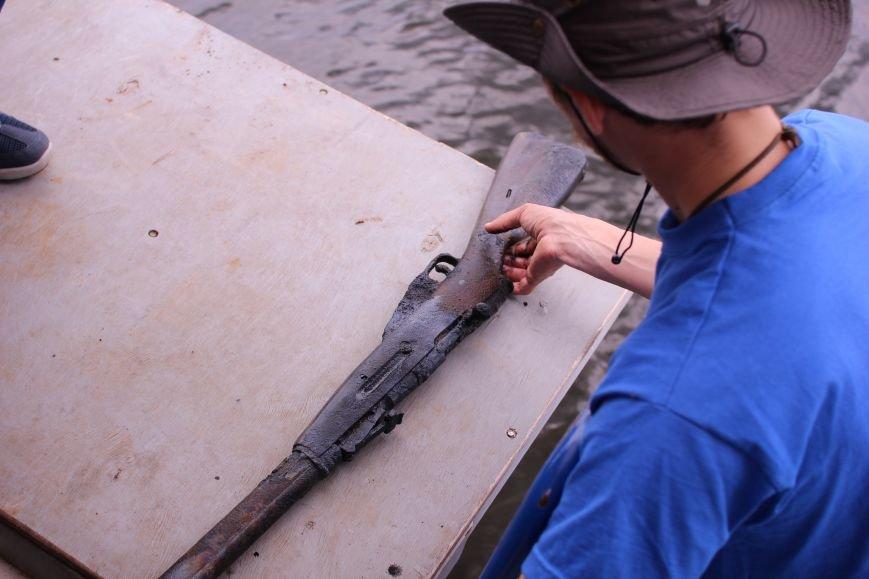 Запорожские археологи исследуют затонувшее на дне Днепра десантно-штурмовое судно времен Второй мировой, — ФОТОРЕПОРТАЖ, фото-11