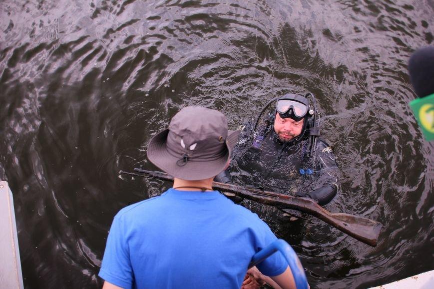 Запорожские археологи исследуют затонувшее на дне Днепра десантно-штурмовое судно времен Второй мировой, — ФОТОРЕПОРТАЖ, фото-10
