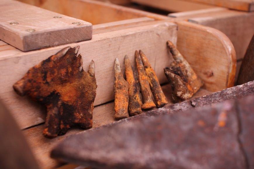 Запорожские археологи исследуют затонувшее на дне Днепра десантно-штурмовое судно времен Второй мировой, — ФОТОРЕПОРТАЖ, фото-4