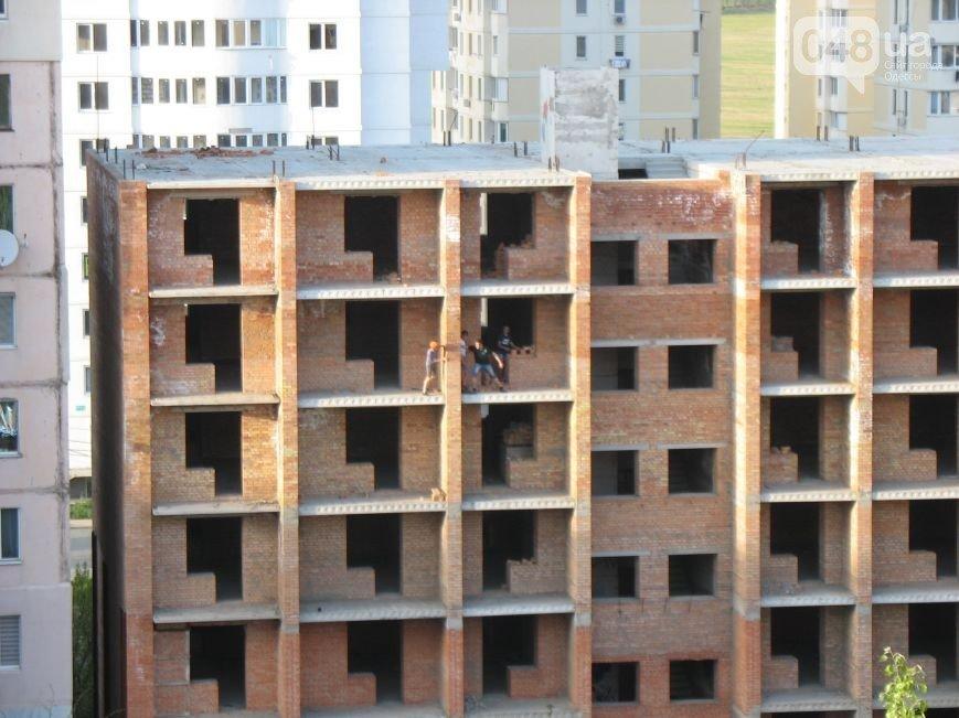 Мальчик, который упал с 7-го этажа одесской стройки, вышел из комы (ФОТО), фото-2
