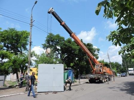 В мариупольском поселке убрали торговые точки (ФОТО), фото-3