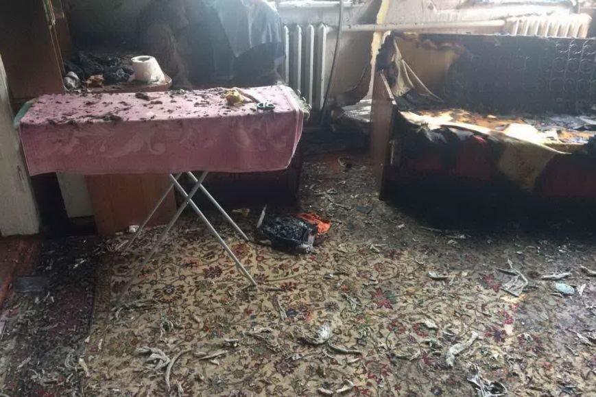 Из-за короткого замыкания в Дергачевском районе загорелся дом (ФОТО), фото-2