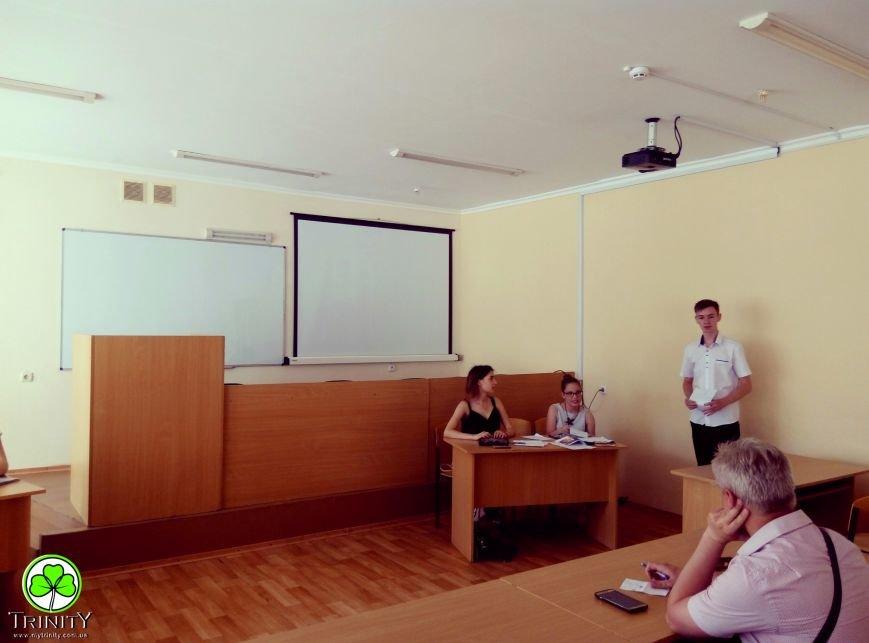 Участники проекта «Летние языковые лагеря» в дебатном турнире смогли доказать свою точку зрения на английском языке, фото-2