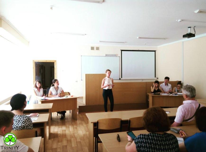 Участники проекта «Летние языковые лагеря» в дебатном турнире смогли доказать свою точку зрения на английском языке, фото-1