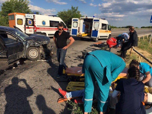 На выезде из Запорожья произошло ДТП: шестеро пострадавших, – ФОТО, фото-1