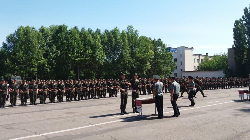 В Запорожье 150 нацгвардейцев-срочников присягнули на верность Украине, фото-2