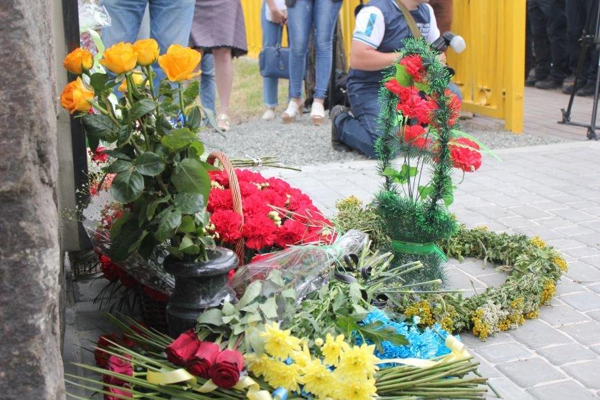 В Мариуполе открыли памятник погибшим пограничникам (ФОТО), фото-29