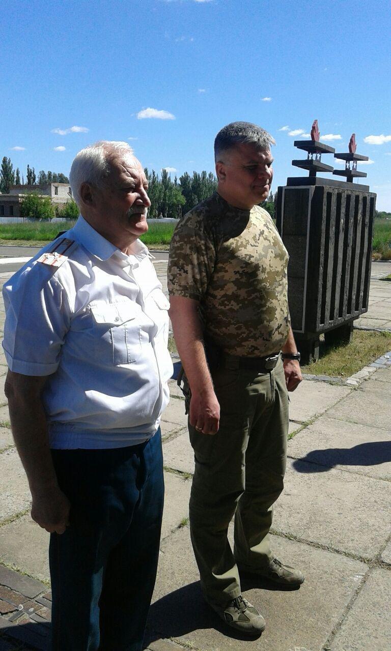 Авдеевские власти почтили память жертв войны в Украине (ФОТО), фото-4