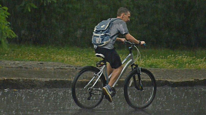 У природы нет другой погоды: Одессу накрыл мощный ливень (ФОТО), фото-11