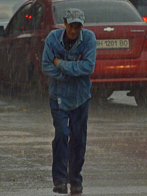 У природы нет другой погоды: Одессу накрыл мощный ливень (ФОТО), фото-21
