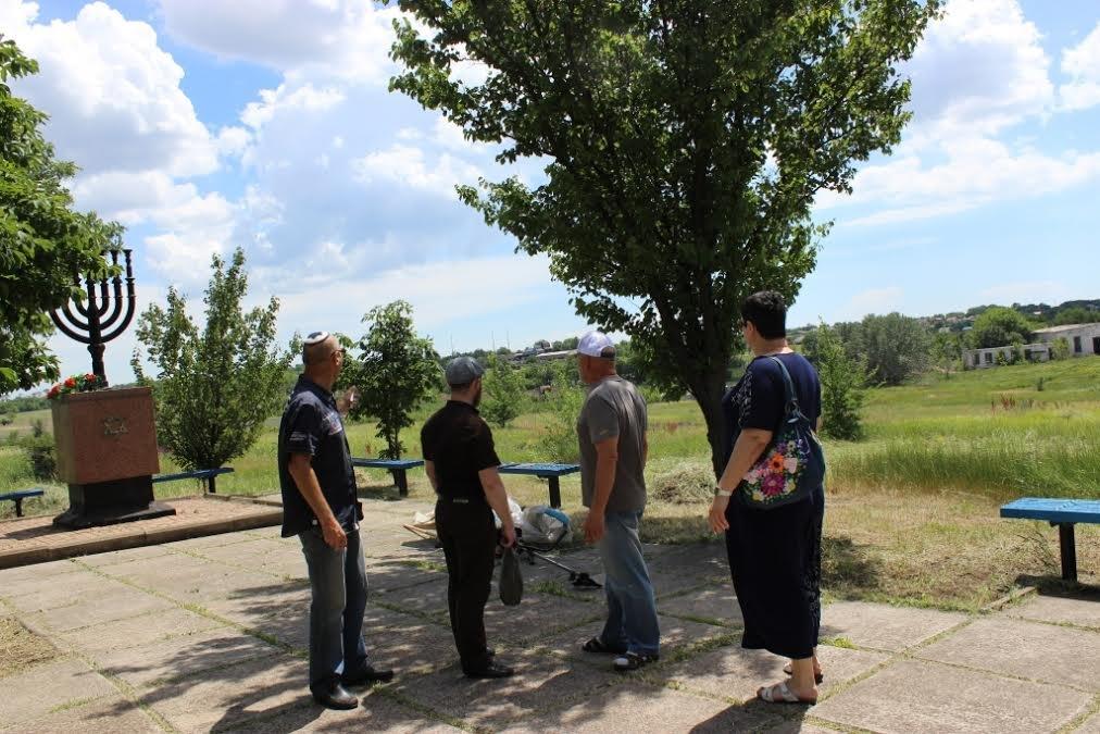 В селе Агробаза под Мариуполем разгорелся земельный скандал (ФОТО), фото-5