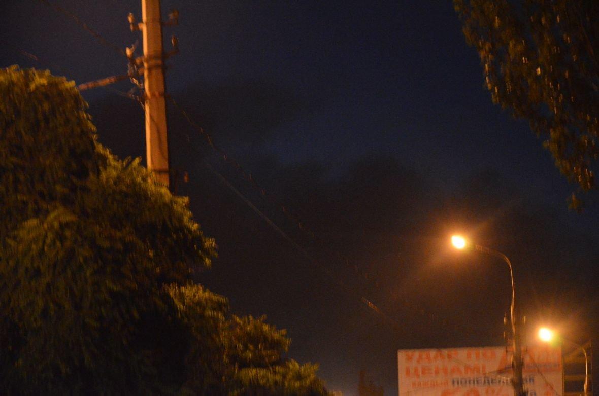 """Загадочный дым над Мариуполем, или как """"травят"""" горожан под покровом ночи (ФОТО), фото-4"""