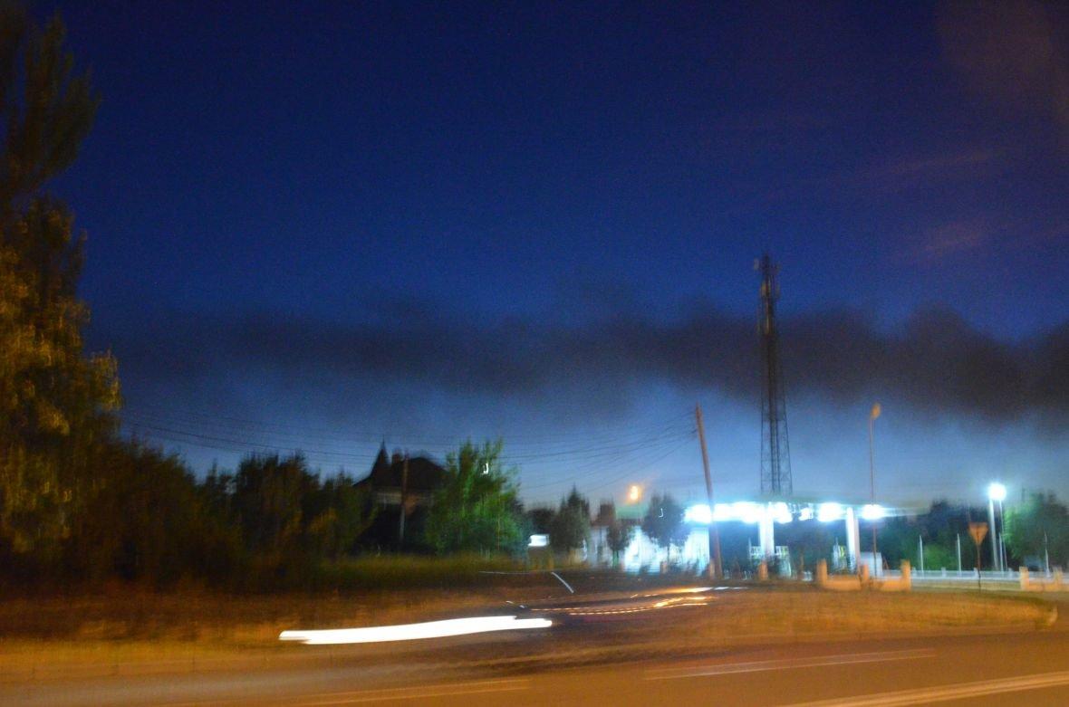 """Загадочный дым над Мариуполем, или как """"травят"""" горожан под покровом ночи (ФОТО), фото-5"""