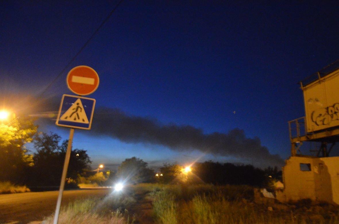 """Загадочный дым над Мариуполем, или как """"травят"""" горожан под покровом ночи (ФОТО), фото-7"""