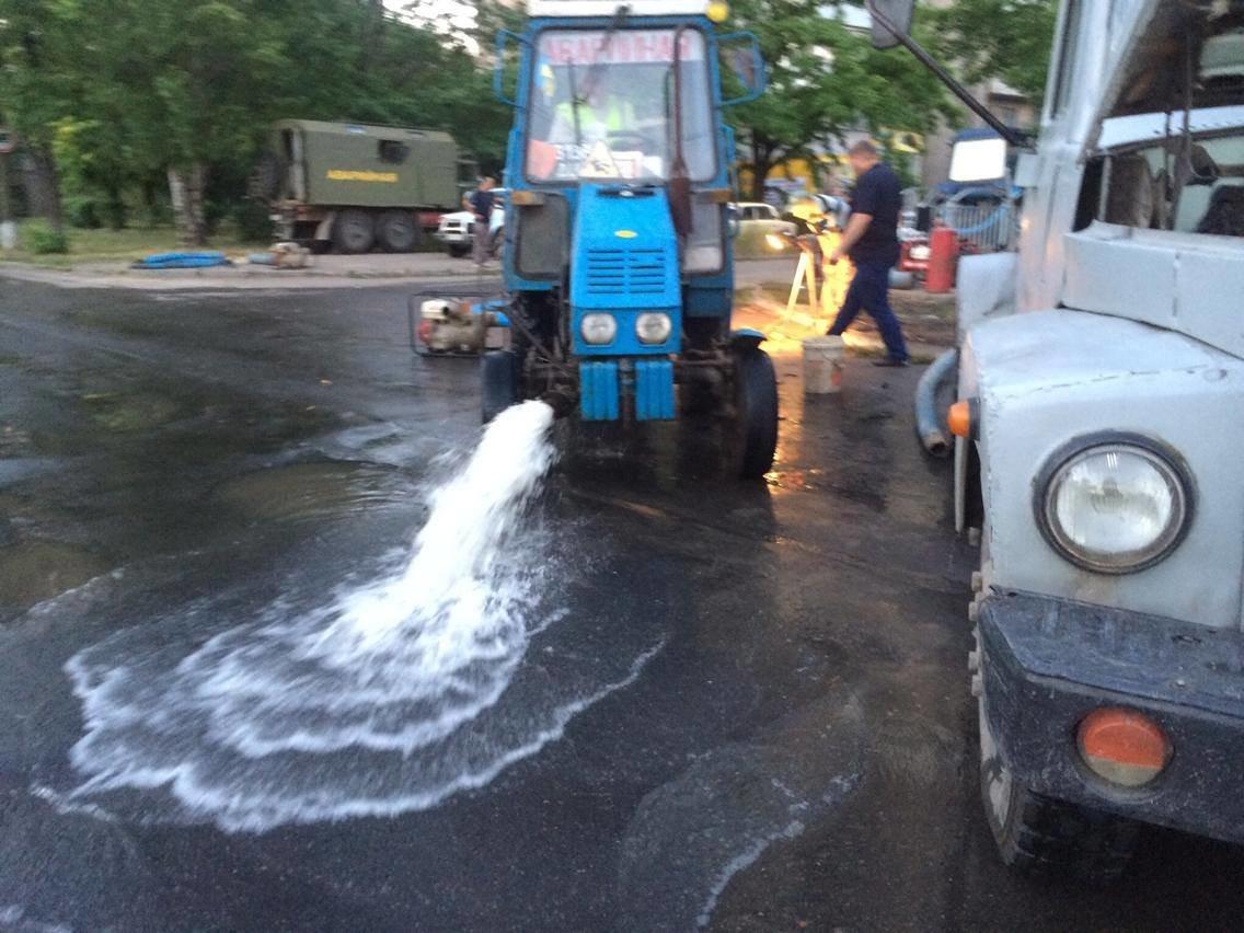 Два района Мариуполя утром так и не получили долгожданную воду (ФОТО, ВИДЕО), фото-7