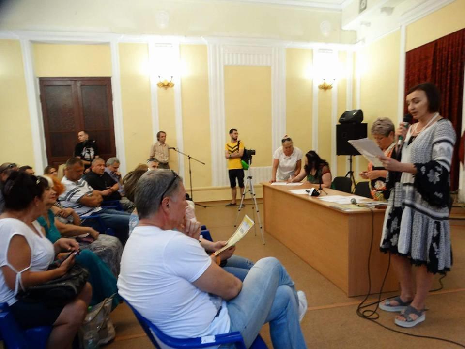 """Активисты, волонтеры и """"титушки"""" пытались воссоздать Общественный совет в Мариуполе (ФОТО), фото-3"""