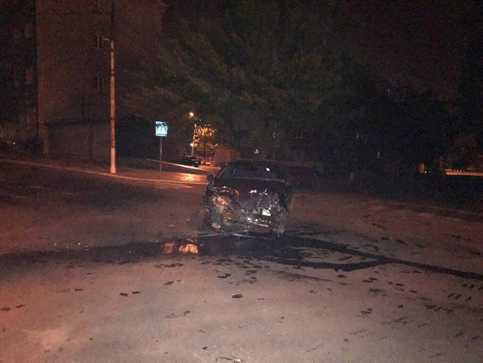 В Мариуполе пострадавший в ДТП ищет очевидцев (ФОТО), фото-1