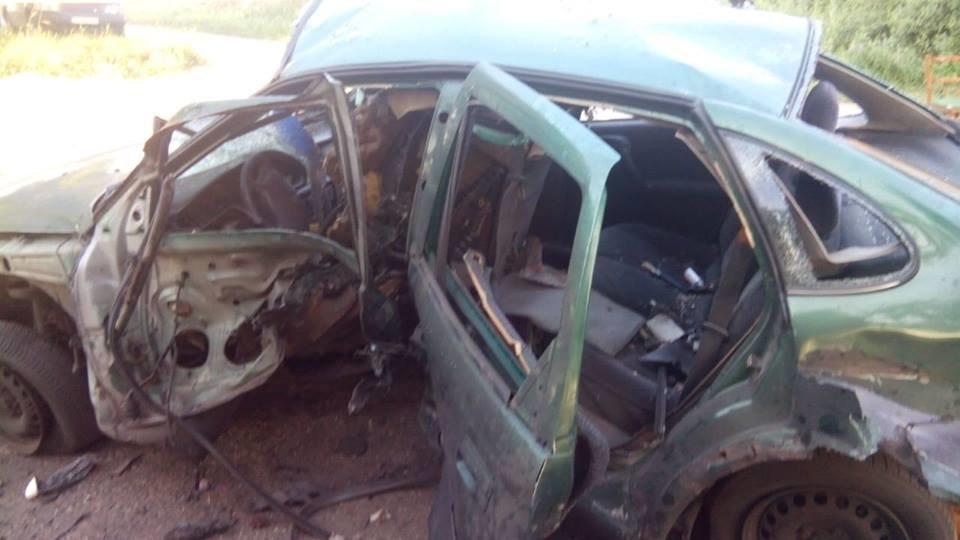 В Донецкой области взорвался на мине автомобиль СБУ (ФОТО), фото-2