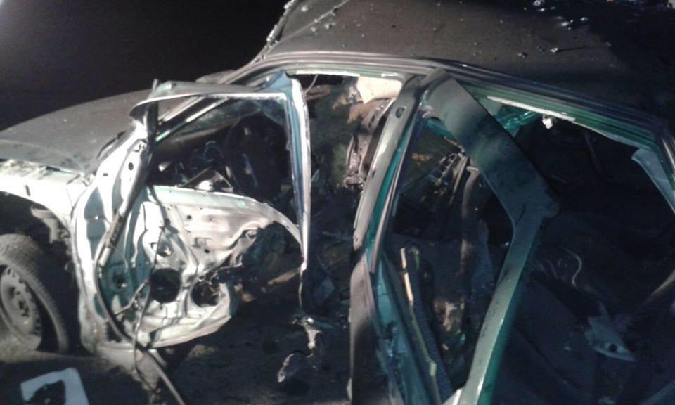 В Донецкой области взорвался на мине автомобиль СБУ (ФОТО), фото-1