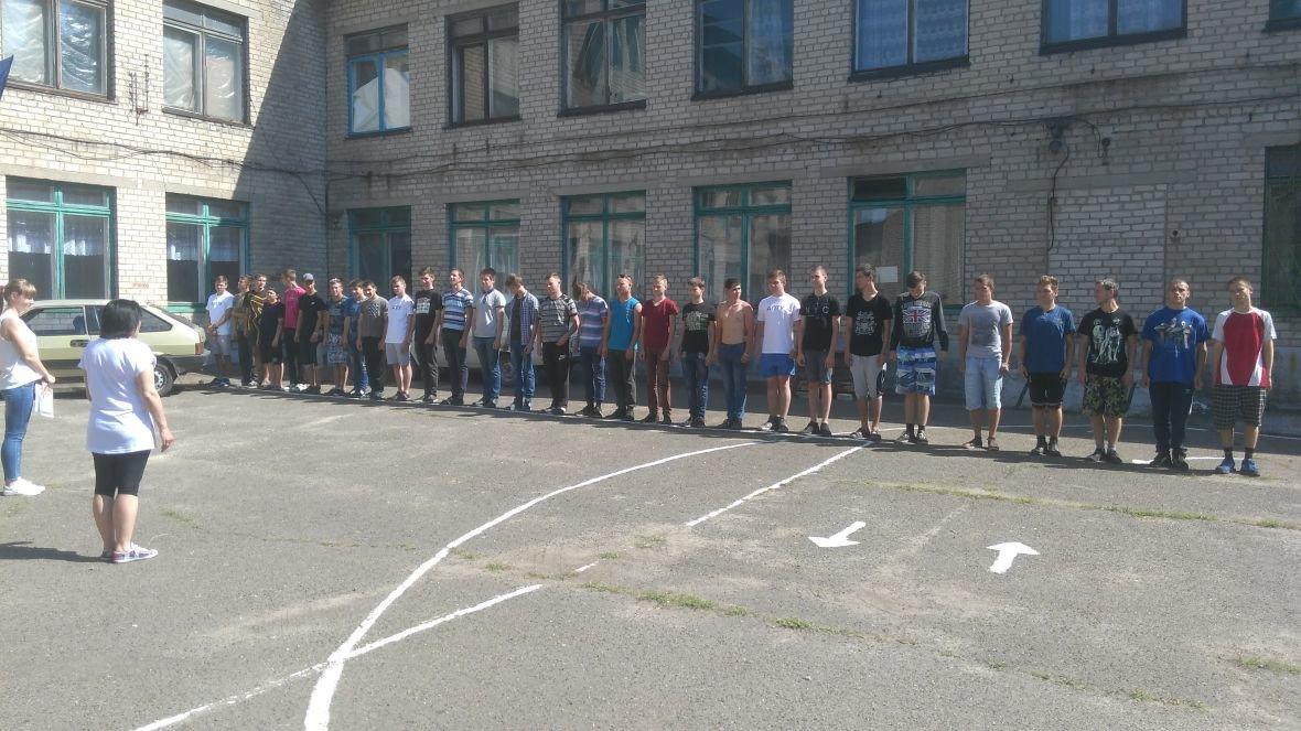 Студенты VS военные: в Авдеевке выясняли, кто сильнее и спортивнее (ФОТОРЕПОРТАЖ), фото-1
