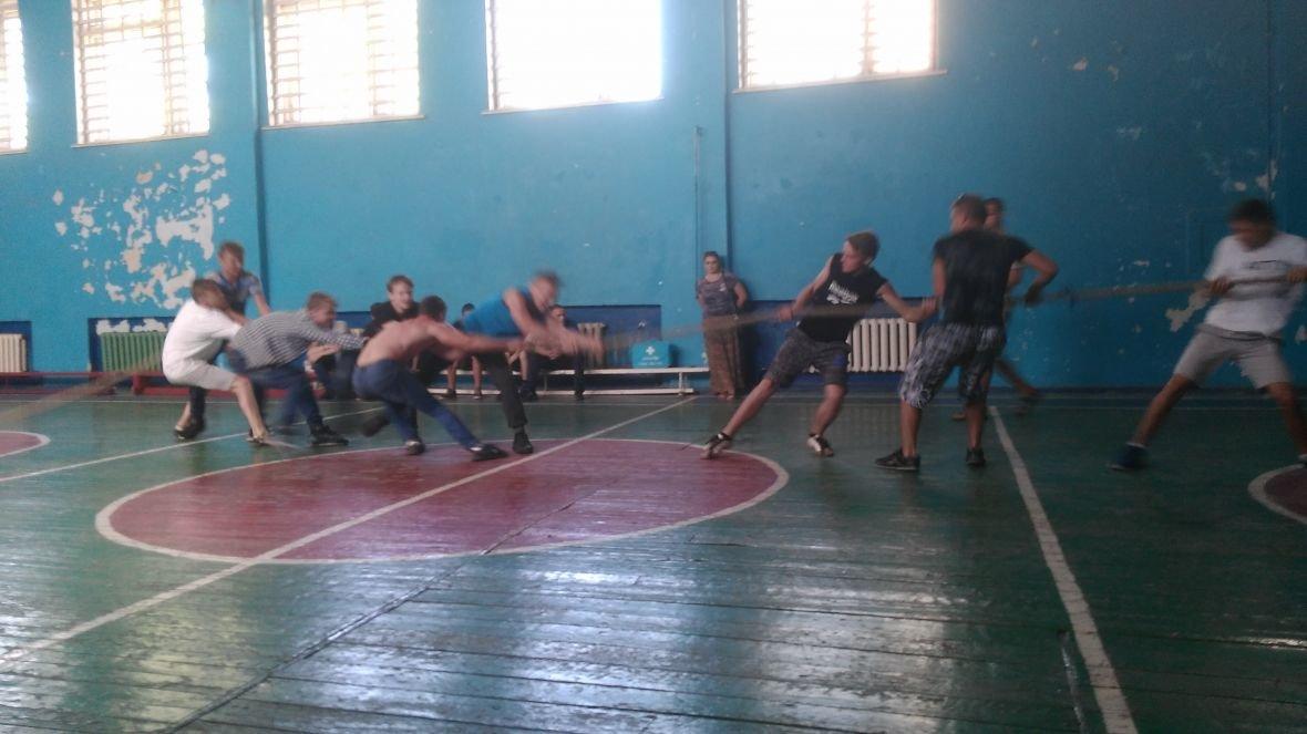 Студенты VS военные: в Авдеевке выясняли, кто сильнее и спортивнее (ФОТОРЕПОРТАЖ), фото-8