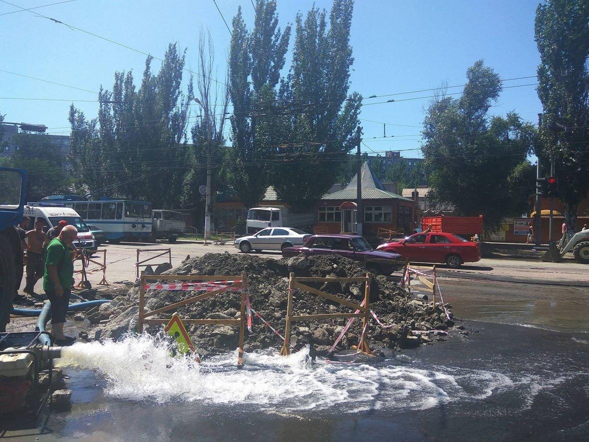 Жители центра Мариуполя остались без воды (ФОТО), фото-2
