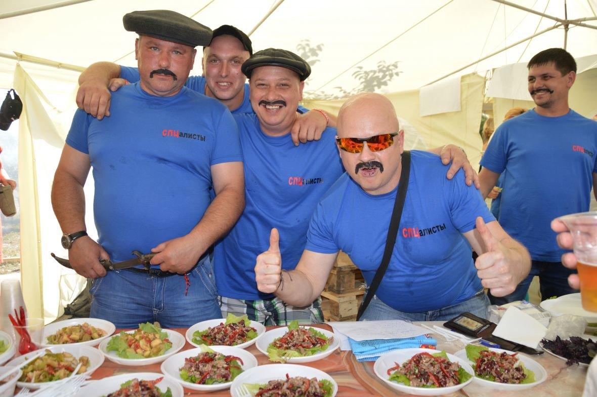 Заводчане АКХЗ организовали для жителей города настоящий фестиваль еды (ФОТОФАКТ), фото-14