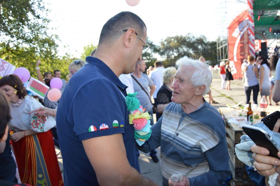 Заводчане АКХЗ организовали для жителей города настоящий фестиваль еды (ФОТОФАКТ), фото-29
