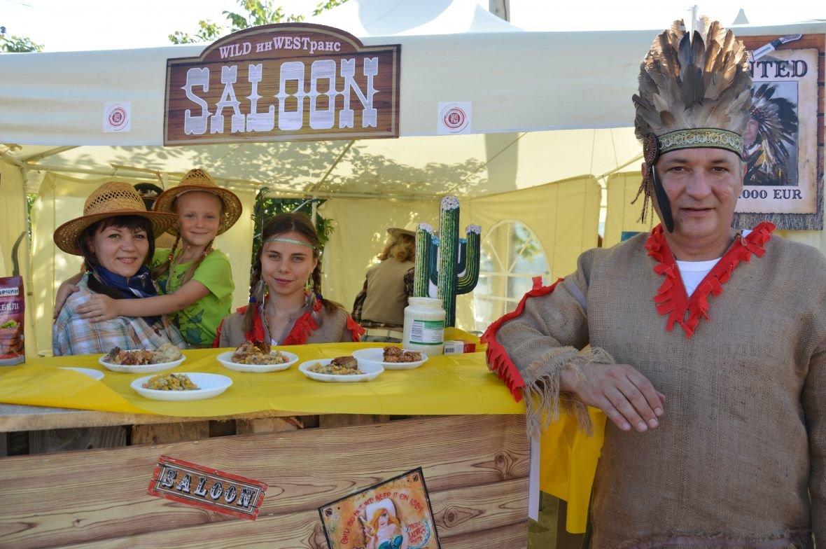 Заводчане АКХЗ организовали для жителей города настоящий фестиваль еды (ФОТОФАКТ), фото-17