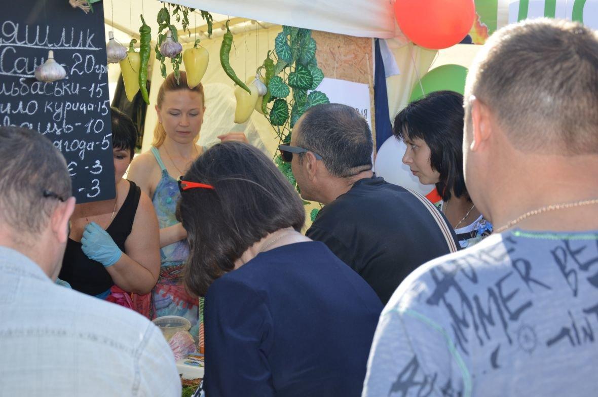 Заводчане АКХЗ организовали для жителей города настоящий фестиваль еды (ФОТОФАКТ), фото-16