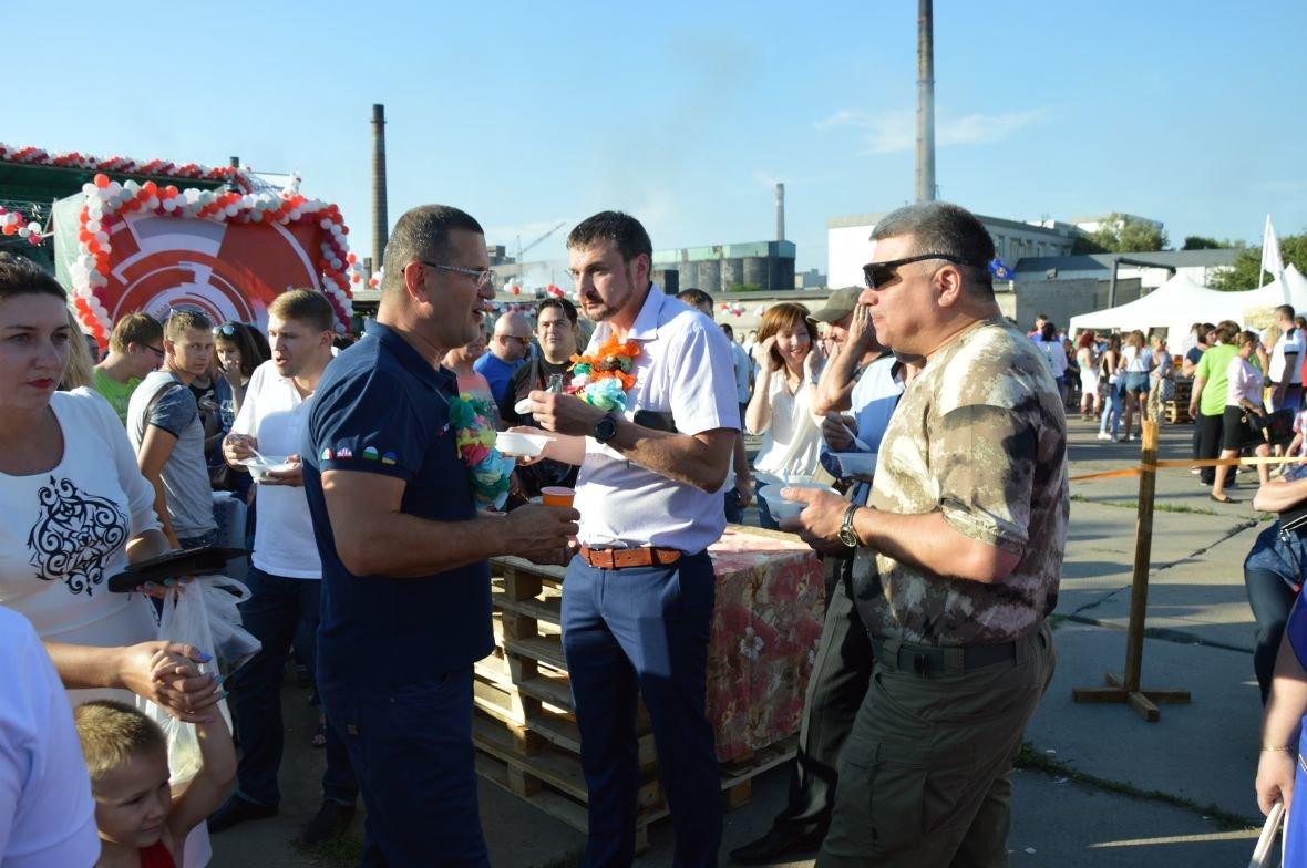 Заводчане АКХЗ организовали для жителей города настоящий фестиваль еды (ФОТОФАКТ), фото-32