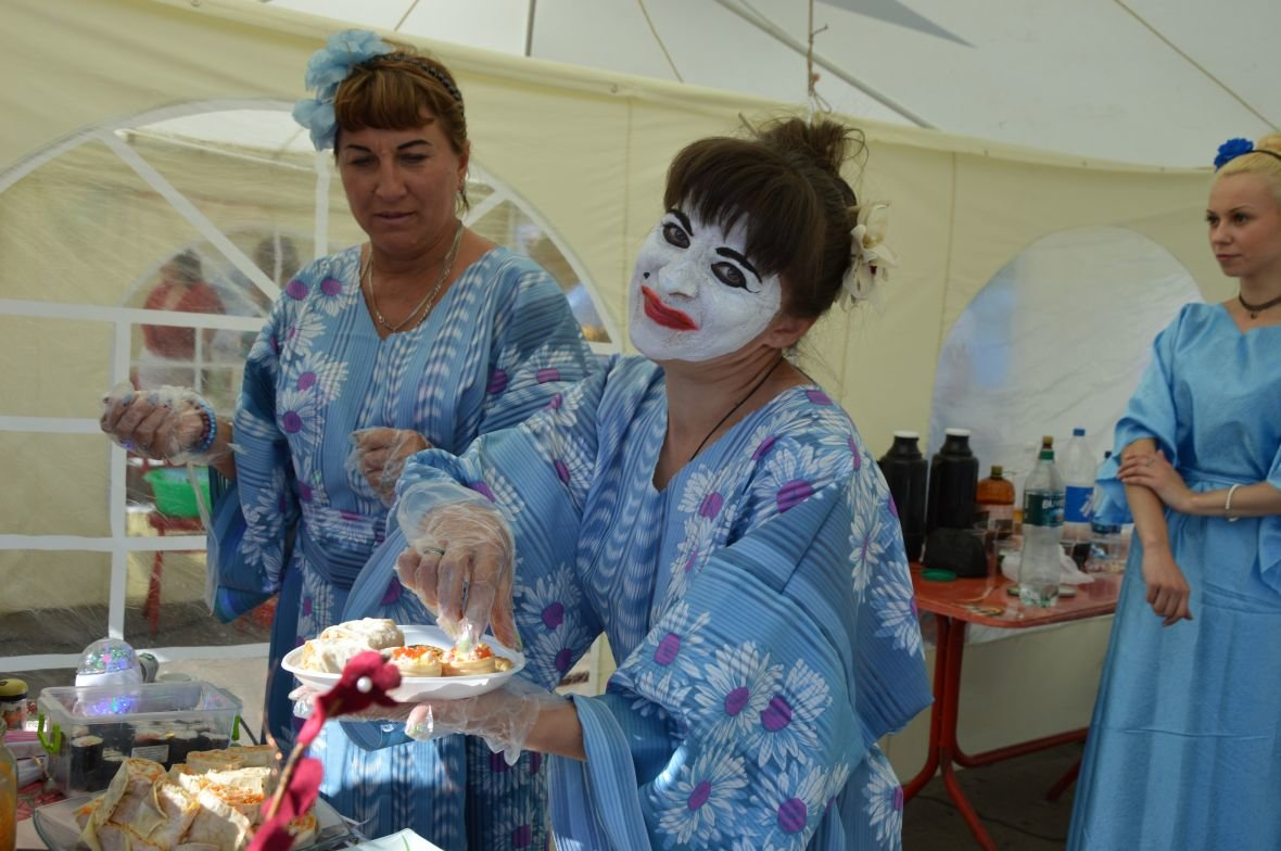 Заводчане АКХЗ организовали для жителей города настоящий фестиваль еды (ФОТОФАКТ), фото-5