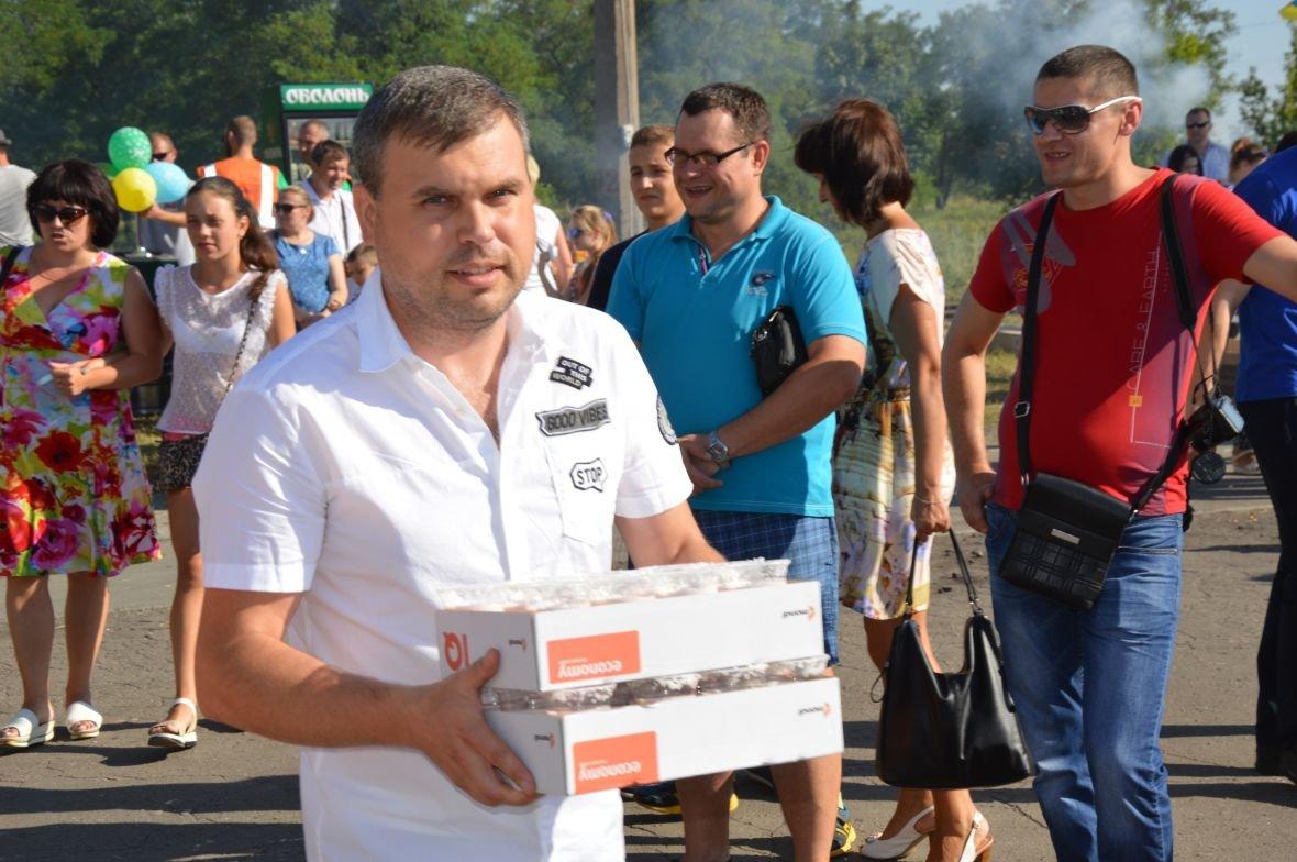 Заводчане АКХЗ организовали для жителей города настоящий фестиваль еды (ФОТОФАКТ), фото-4