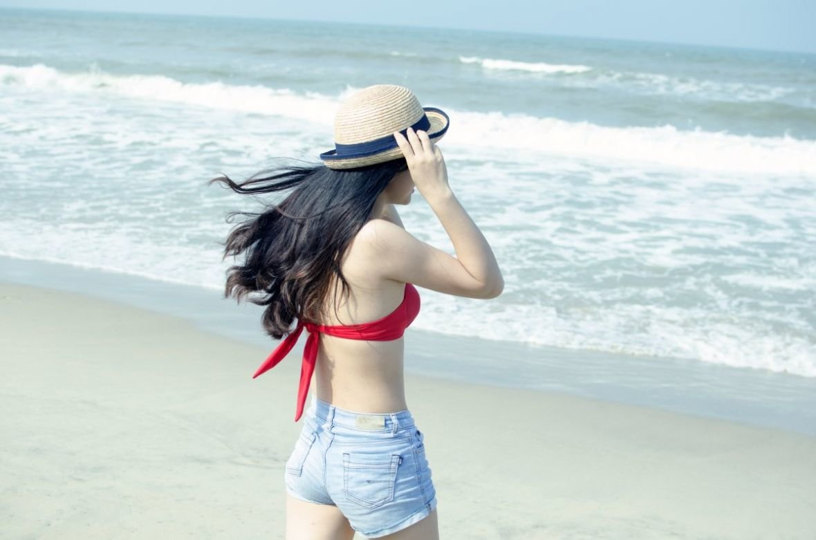 beach_young_girl_woman_woman_beach_vacation_summer_people-629525.jpg!d