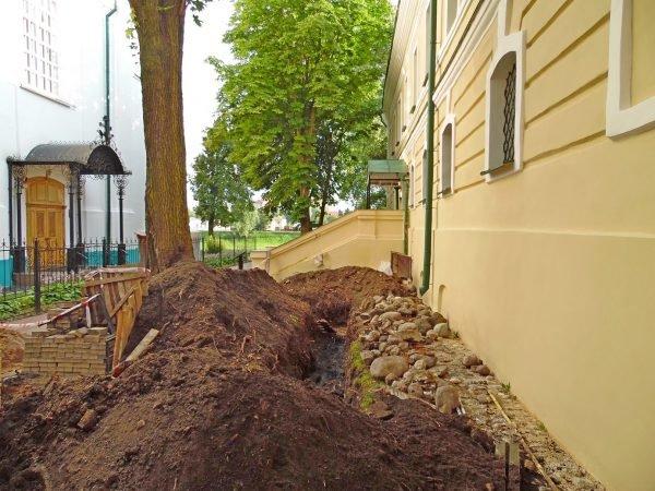 Фотофакт: в центре Полоцка обнаружены человеческие останки, фото-4