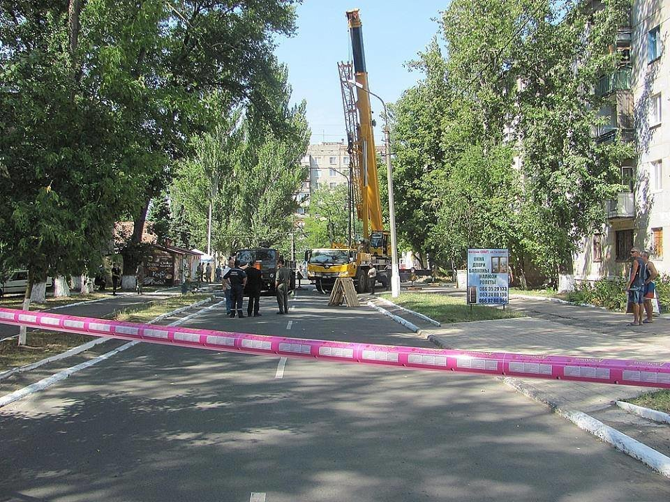 В Авдеевке приступили к демонтажу обрушившегося фасада многоэтажки(ФОТОФАКТ), фото-5