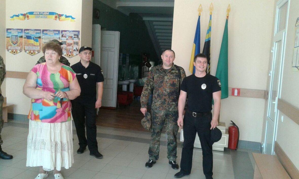 Авдеевка открыла сердца для полицейских с Хмельниччины (ФОТО), фото-3