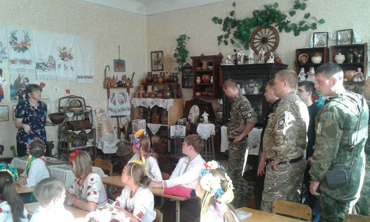 Авдеевка открыла сердца для полицейских с Хмельниччины (ФОТО), фото-11