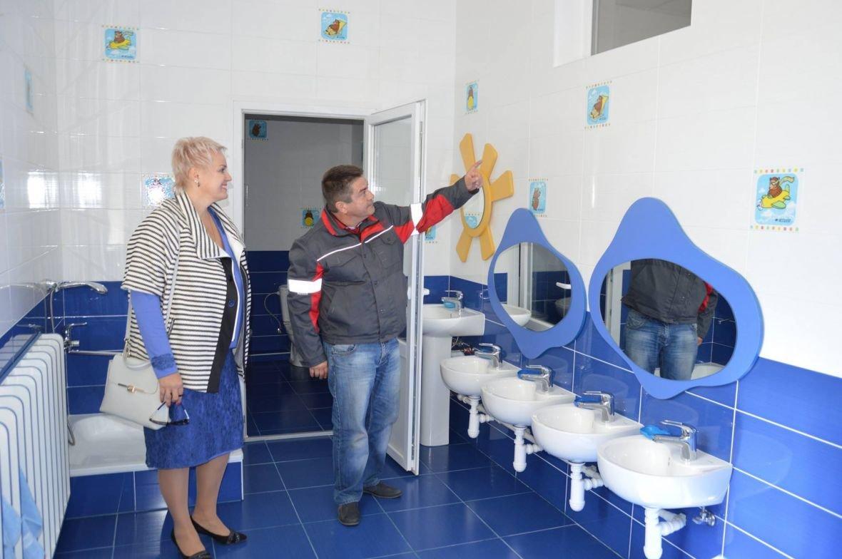 Заводчане АКХЗ завершили обновления ещё одного объекта образования (ФОТО), фото-1