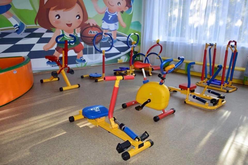 АКХЗ держит слово: Заводчане завершили ремонт спортзала в детском саду «Теремок» (ФОТО), фото-6