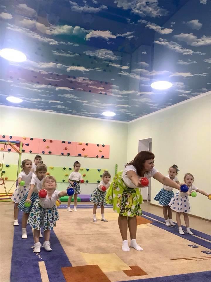 АКХЗ держит слово: Заводчане завершили ремонт спортзала в детском саду «Теремок» (ФОТО), фото-7