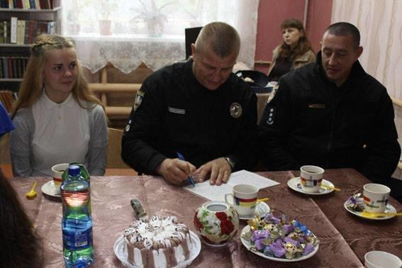 Авдеевку посетил глава Нацполиции Донецкой области (ФОТО), фото-9